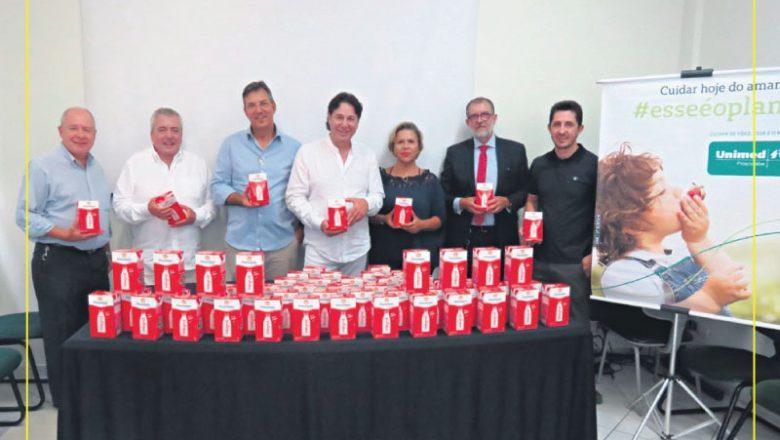 Unimed doa 3 mil litros de leite à Casa do Bom Menino